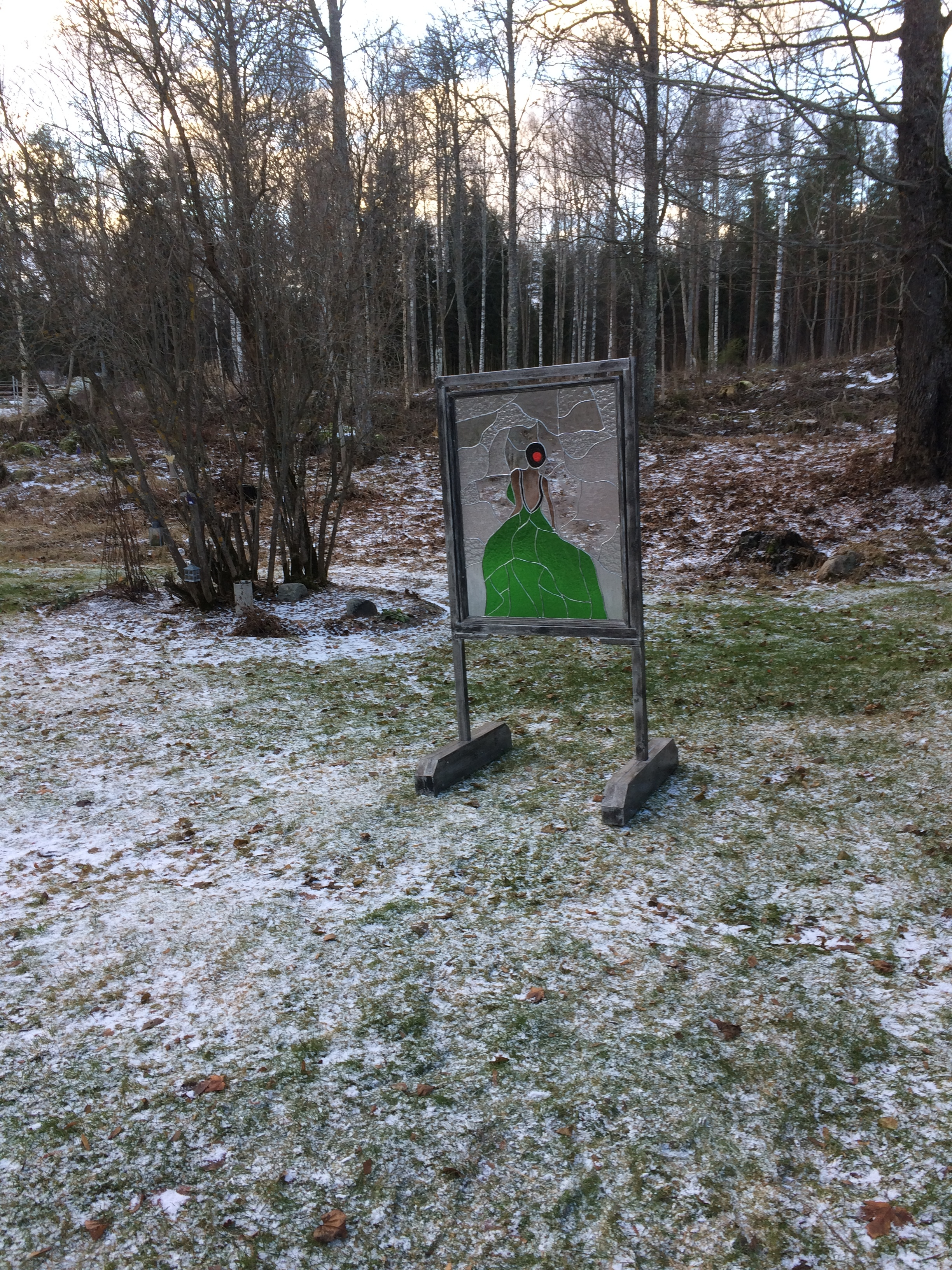 Matts Olof Nord ställer ut denna tavla  i glaskonst till försäljning på Midvinterglöd 10 december i Jättendal