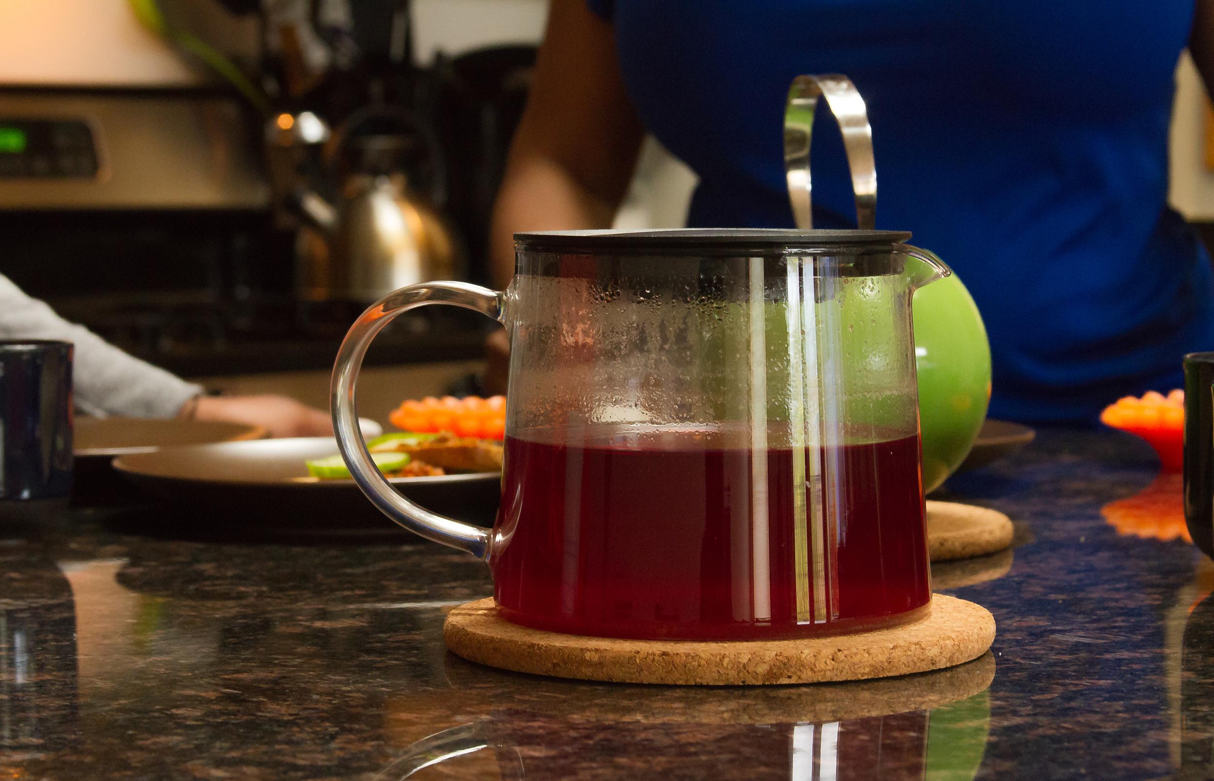 pot of Pink Kashmiri Chai