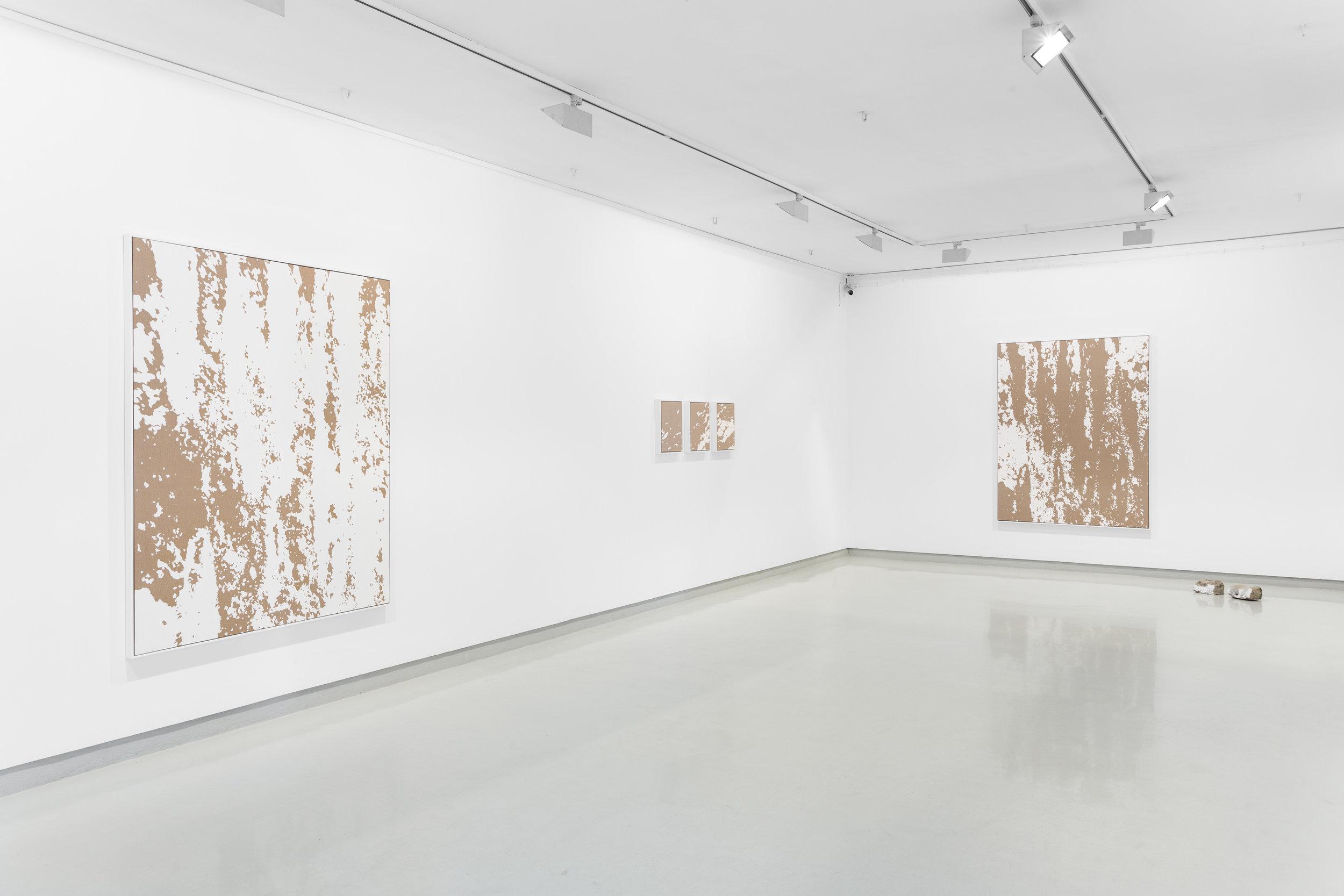Installation view Pedro Matos,  Less Than Objects , Galeria Presença, Porto, Portugal, 2016 Photo by Bruno Lopes.