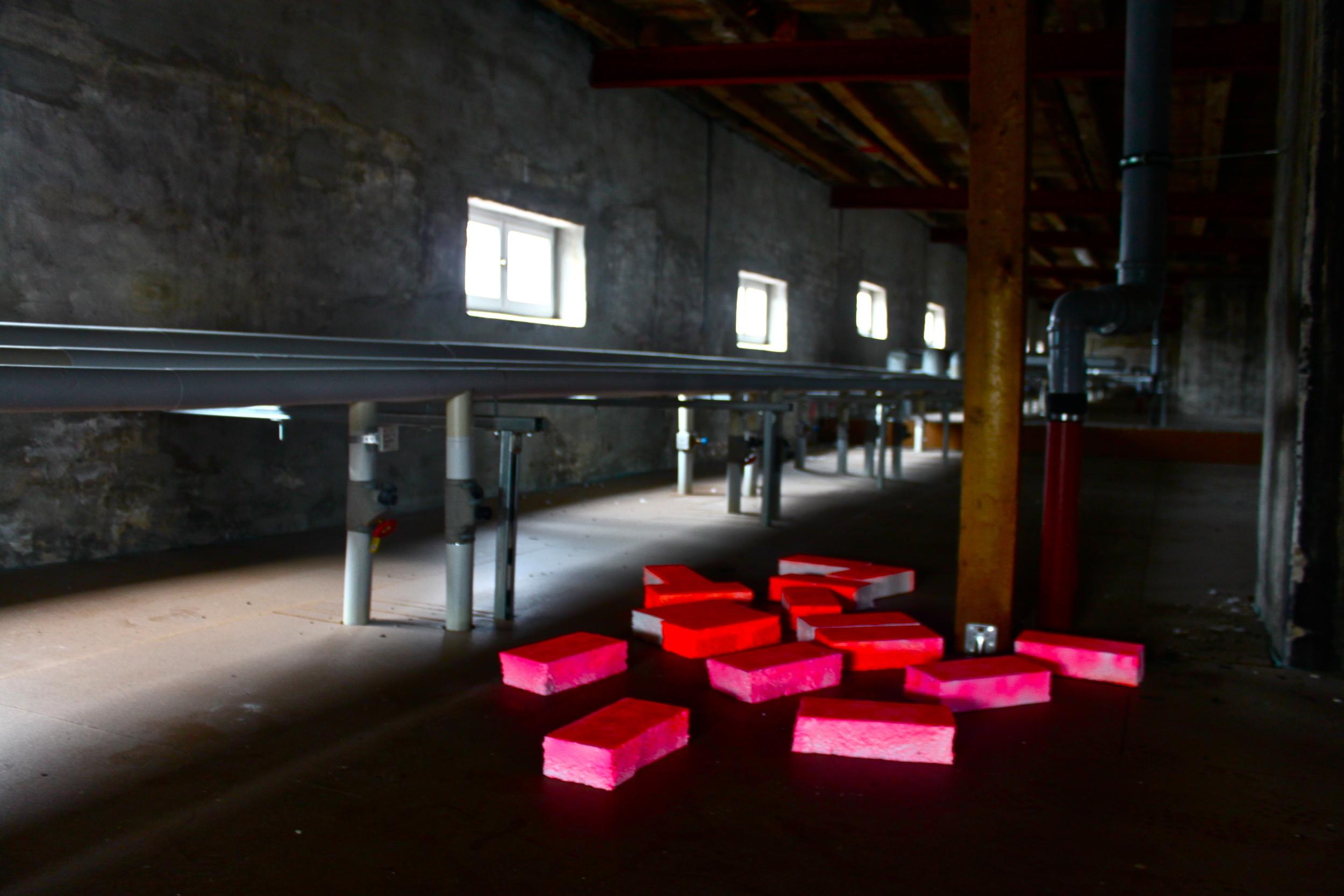 Proto-Ticker-Tape: Berlin, 2013, Attic, Berlin.