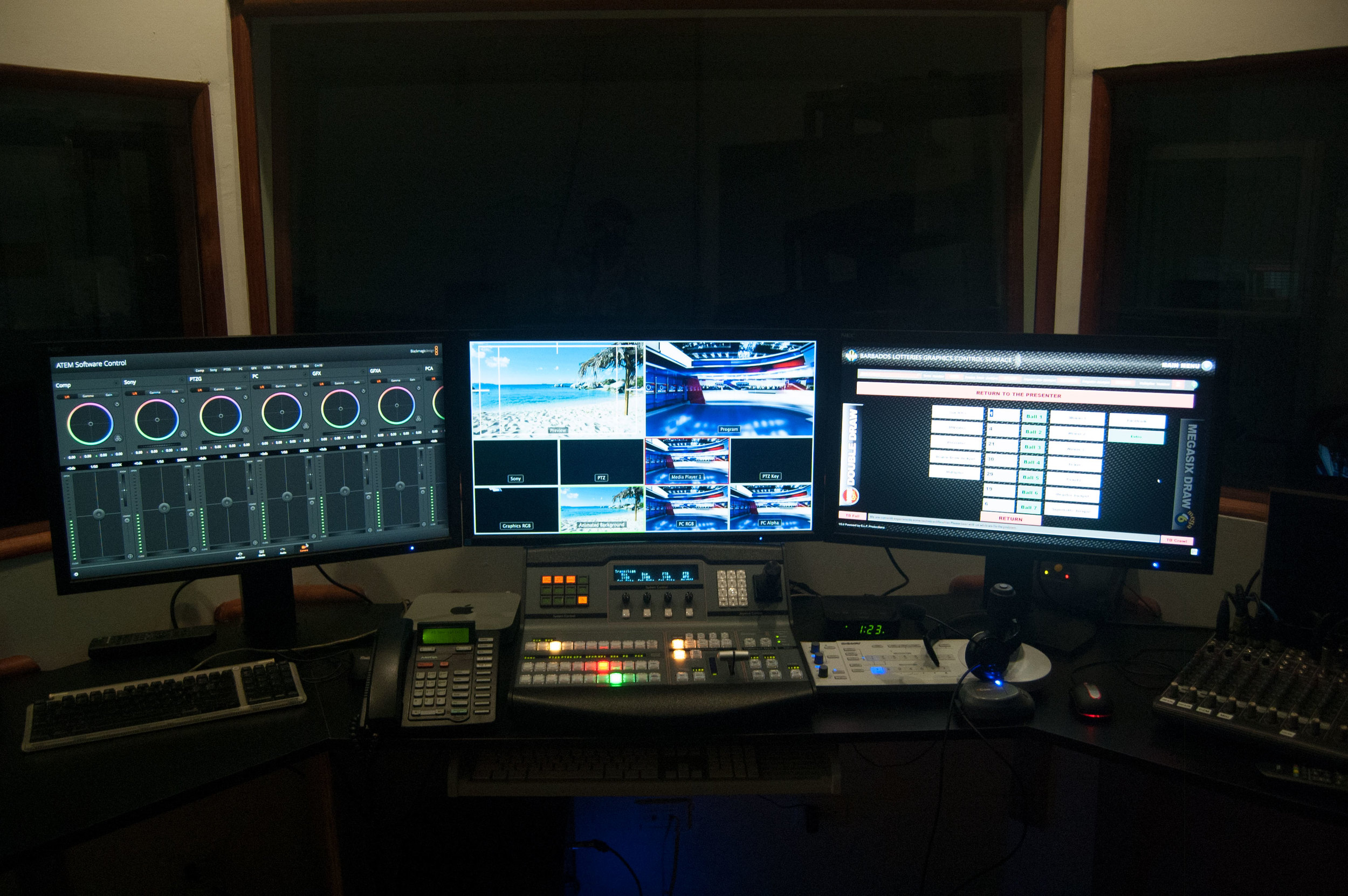 Control_Room_2.jpg
