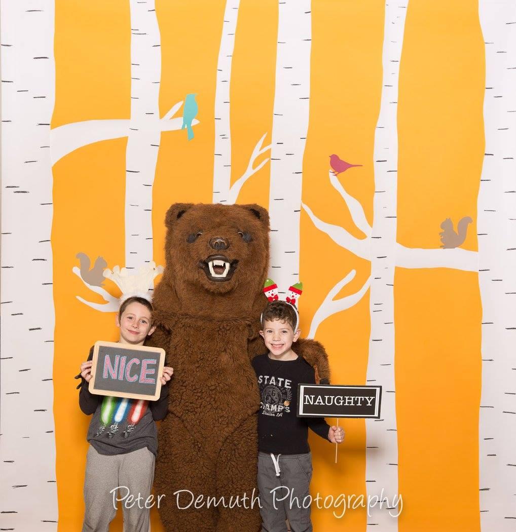 orange_photo_booth2.jpg