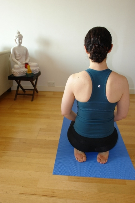 vajrasana - yoga for tired legs