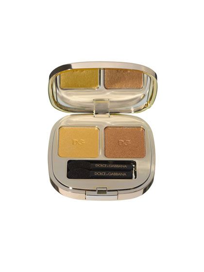 Gold is the ultimate metallic: It brightens the eyes and gives any skin tone—from ultrapale to superdark—a sunny glow. (Though darker tones should go for a bronzy gold rather than a yellowish one.) Use gold shadow on lids as a base for dark liner.