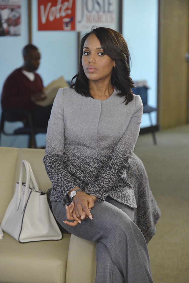 """abc.go.com     Episode   : Season 3, Episode 6, """"Icarus""""    Designer   : Armani    Why it was chosen   : In this episode, Kerry has just been told that Fitz was possibly responsible for her mother's death. And Paolo chose the gray suit, because of all the layers. """"It's dark and light, and has all these different textures and layers,"""" she said. """"You start on her and you just see the gray, but when she stands up you see that everything is getting darker in her life."""""""