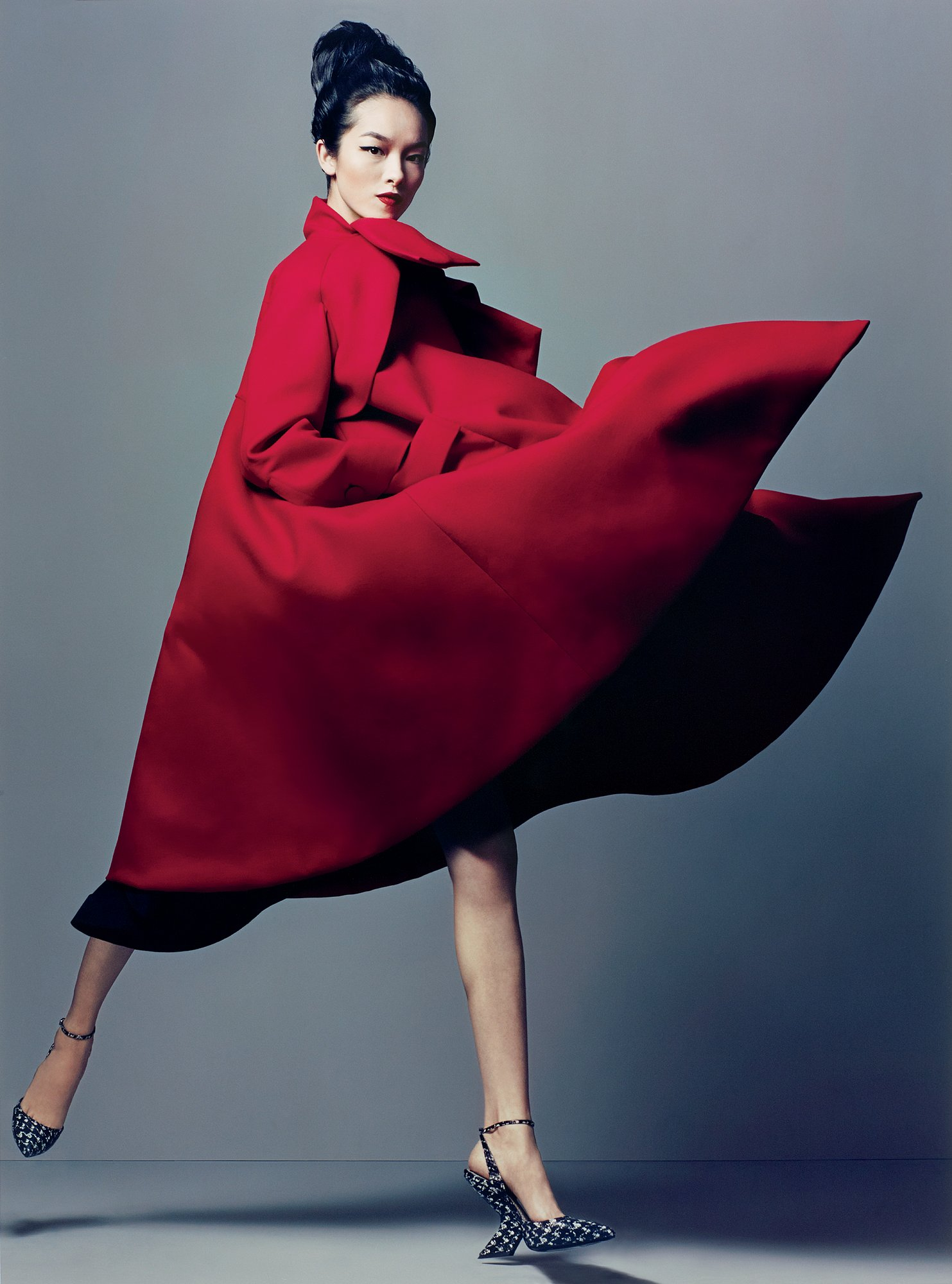 Fei Fei Sun in Christian Dior