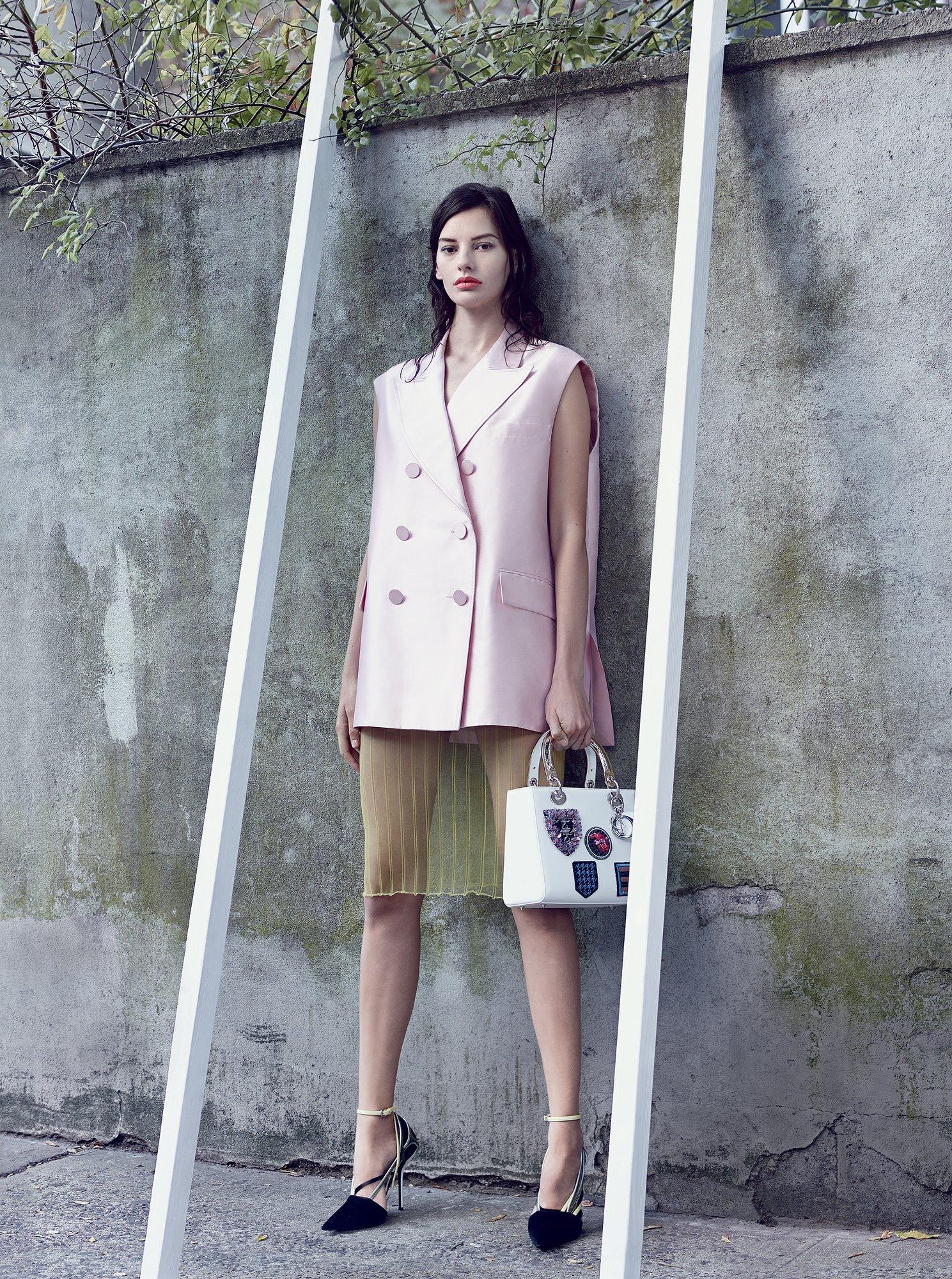 Amanda Murphy in Christian Dior
