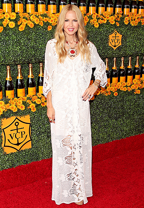 Rachel Zoe attends the Sixth-Annual Veuve Clicquot Polo Classic at Will Rogers State Historic Park on October 17, 2015 in Pacific Palisades, California. Credit: JB Lacroix/WireImage.com     Rachel Zoe proved that a bohemian sheath dress is always appropriate in cream tones at the Veuve Clicquot Polo Classic on Oct. 17. She made her frock fall-appropriate with pops of merlot in her statement necklace and nails.     Read more:  http://www.usmagazine.com/celebrity-style/news/amal-alamuddin-reese-witherspoon-more-celebs-break-labor-day-rule-20152310#ixzz3ph8TwHSf  Follow us: @usweekly on Twitter | usweekly on Facebook