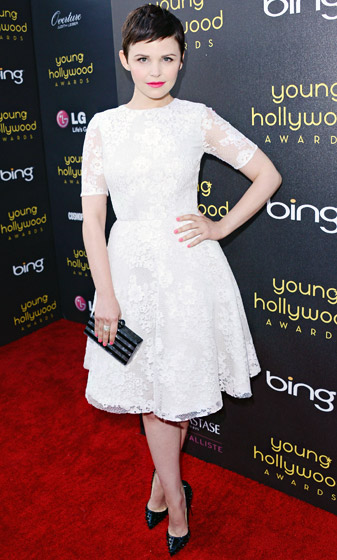 """Find Good Black Pumps    """"You can pretty much wear a good black pump with anything. What's not to love?"""" Once Upon a Time 's Ginnifer Goodwin reasons.    Read more: http://www.usmagazine.com/celebrity-style/pictures/stars-favorite-timeless-fashion-tips-2013252/28833#ixzz3phVXPTui  Follow us: @usweekly on Twitter 