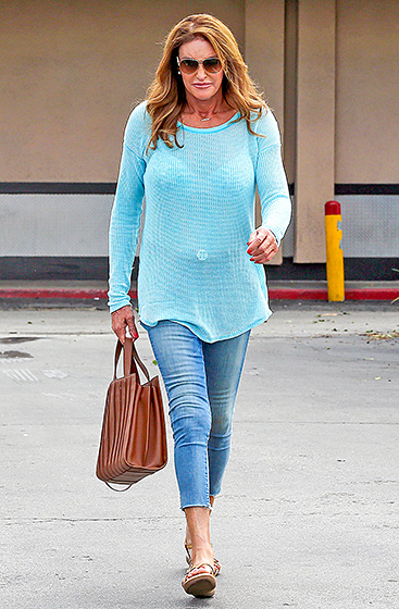 """Sweater Weather Style  The reality star grabbed lunch at Jerry's Famous Deli in L.A.'s Woodland Hills neighborhood on Sept. 15, 2015, clad in the perfect fall ensemble: a slouchy aqua sweater, Mother """"Looker Ankle Fray"""" jeans, and sandals.  Read more: http://www.usmagazine.com/celebrity-style/pictures/caitlyn-jenner-best-style-moments-2015157/47825#ixzz3qRIWuL77  Follow us: @usweekly on Twitter 