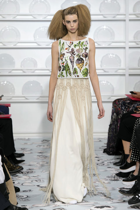 hbz-couture-spring-2016-schiaparelli-05.jpg
