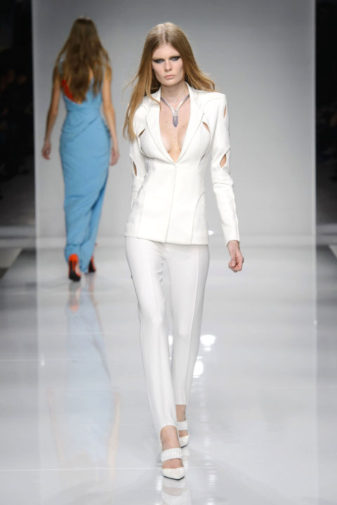 hbz-couture-spring-2016-versace-04.jpg