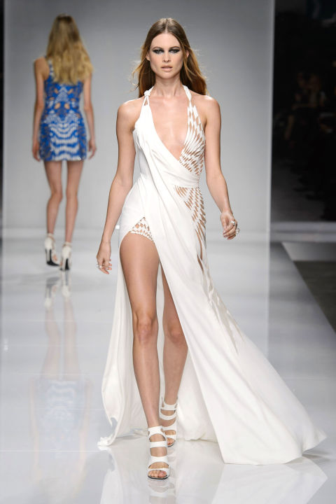 hbz-couture-spring-2016-versace-07.jpg