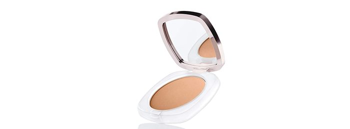 La-Mer-Sheer-Pressed-Powder-e1513886897726.jpg