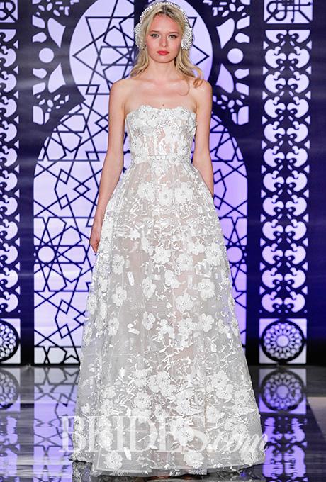 Embroidered strapless tulle wedding dress, Reem Acra    Photo: Luca Tombolini and Alberto Maddaloni / Indigitalimages.com