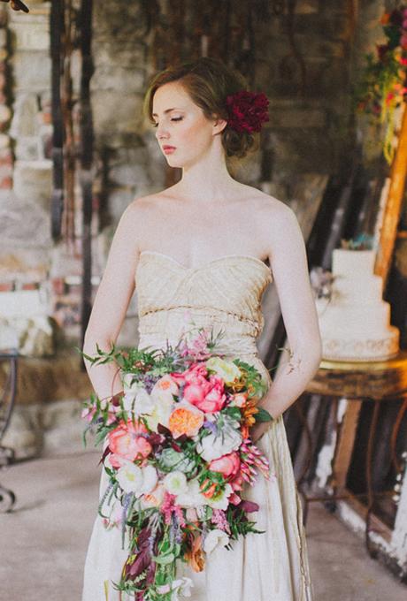Floral-Wedding-Hairstyles-Veronica-Varos-Photography.jpg