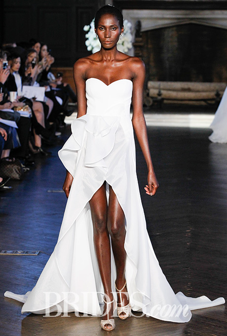 All things sculptural and minimal for  Alon Livne White 's high-low number.  Photo: Gerardo Somoza /  Indigitalimages.com