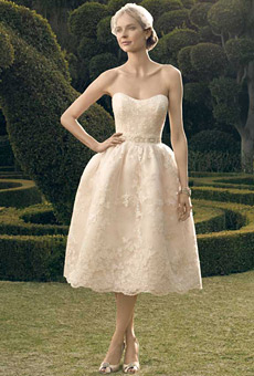 2182s-casablanca-bridal-wedding-dress-primary.jpg