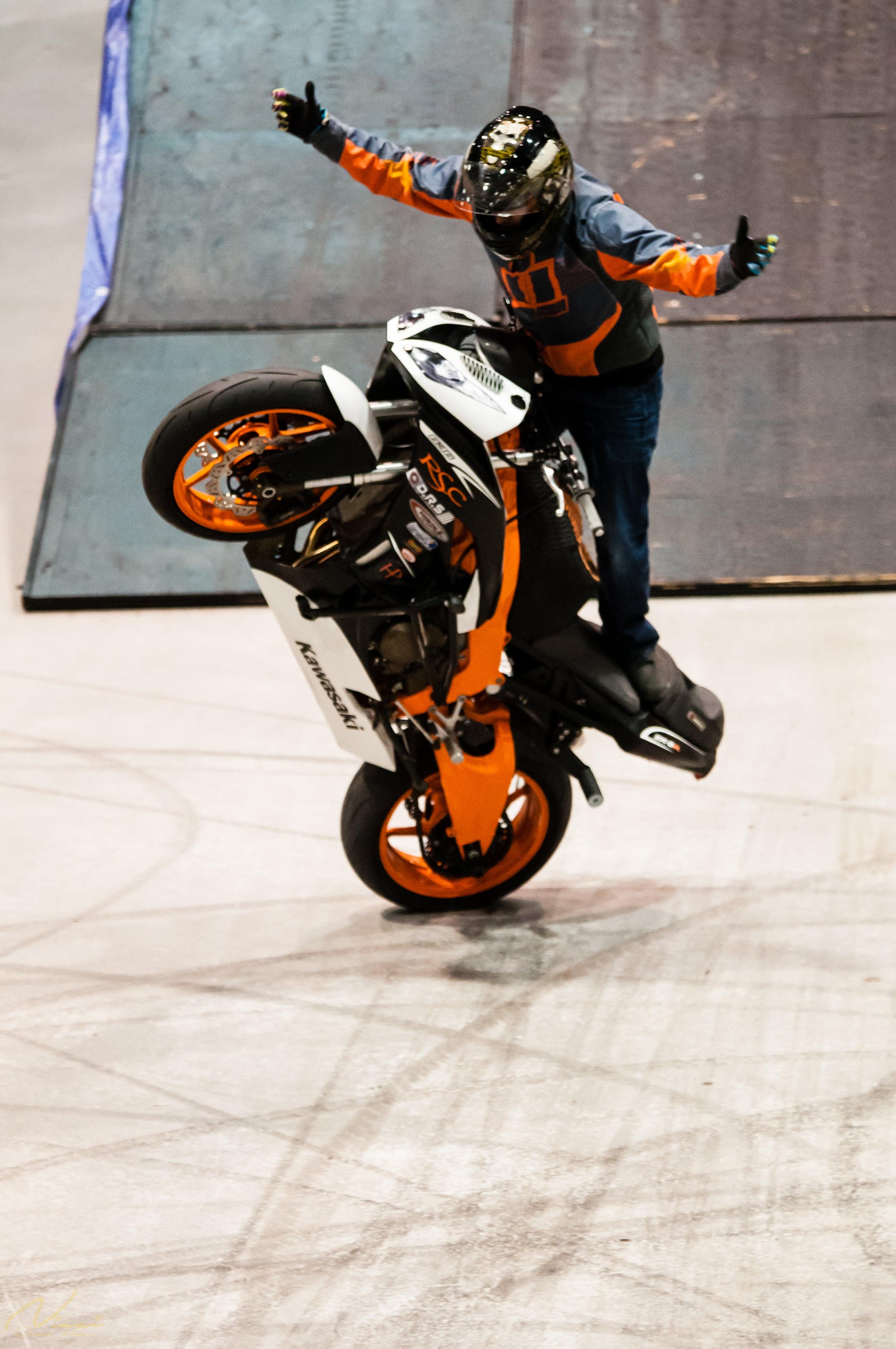 Sher Khan Niazi-Motorcycle Show -0229.jpg
