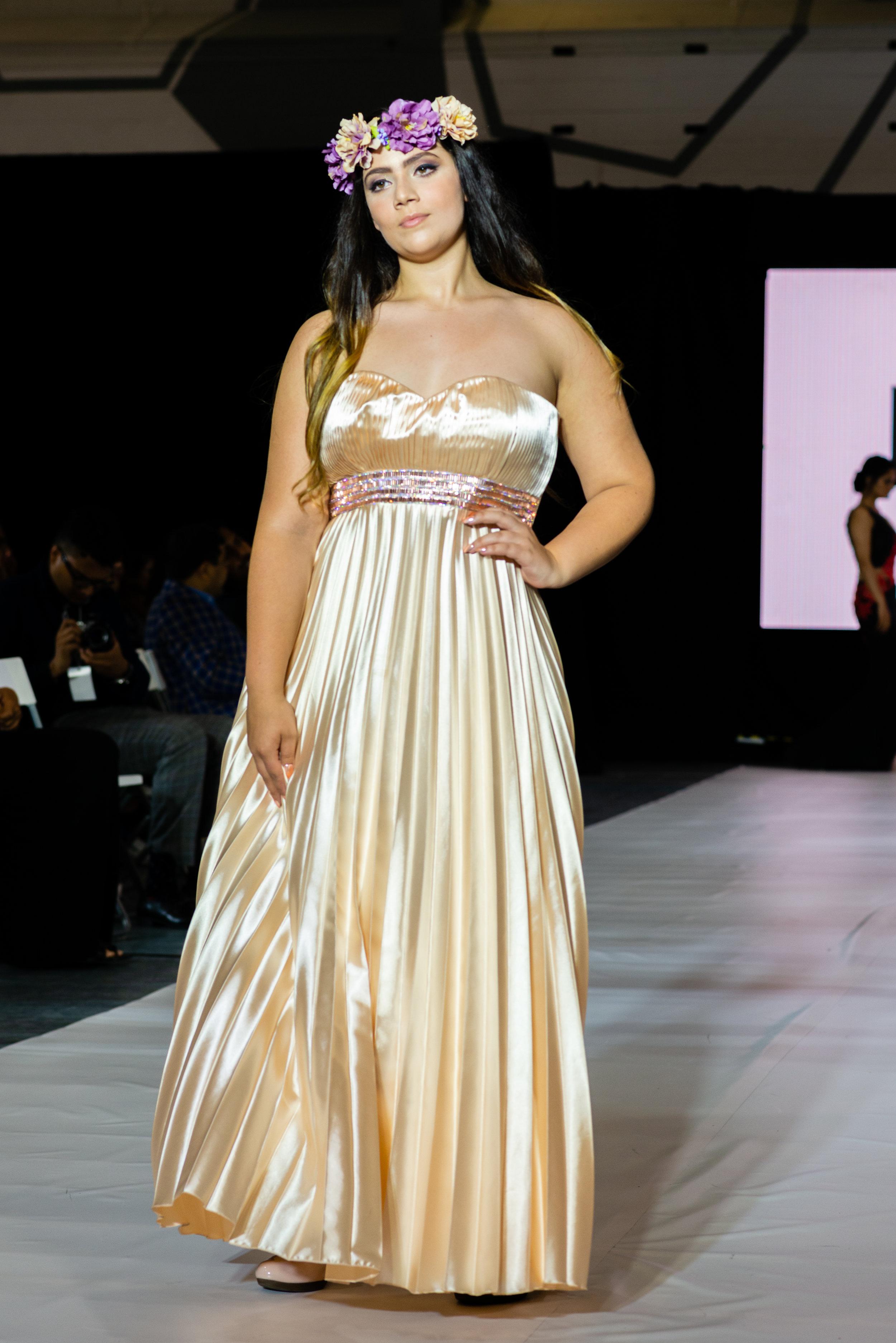 BFW10 - Rosred Fashion Design-D8A_2162.jpg
