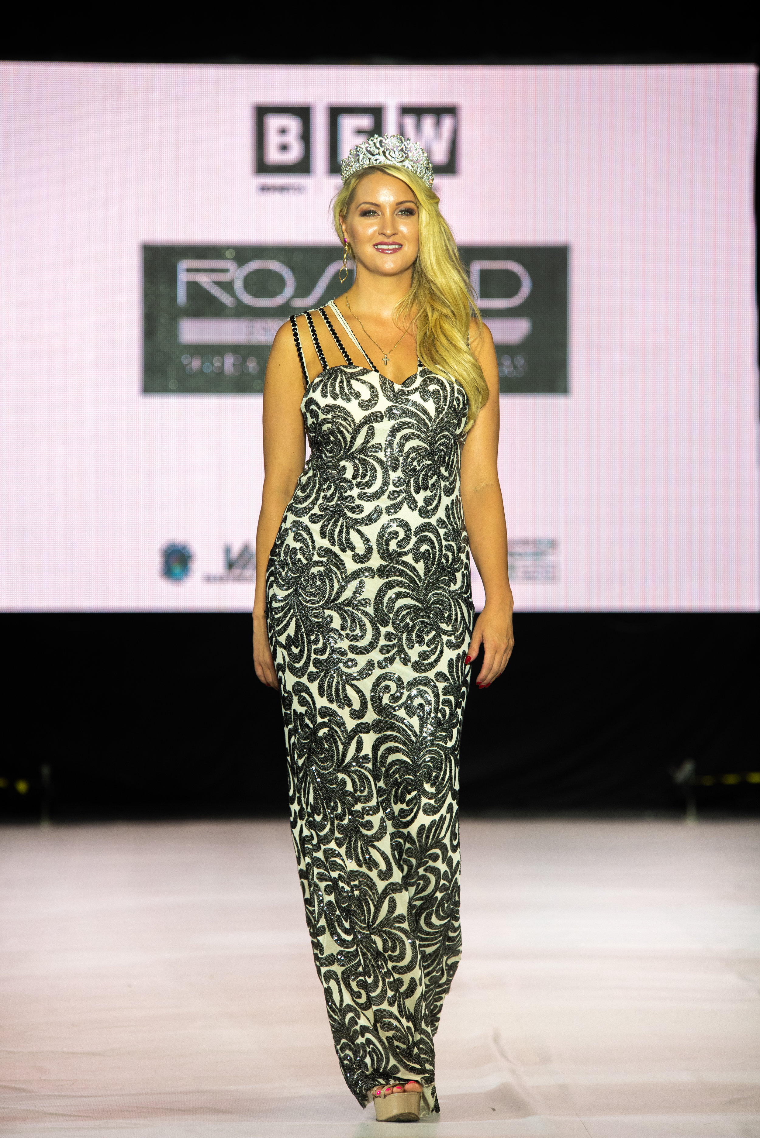 BFW10 - Rosred Fashion Design-SKN_5062.jpg