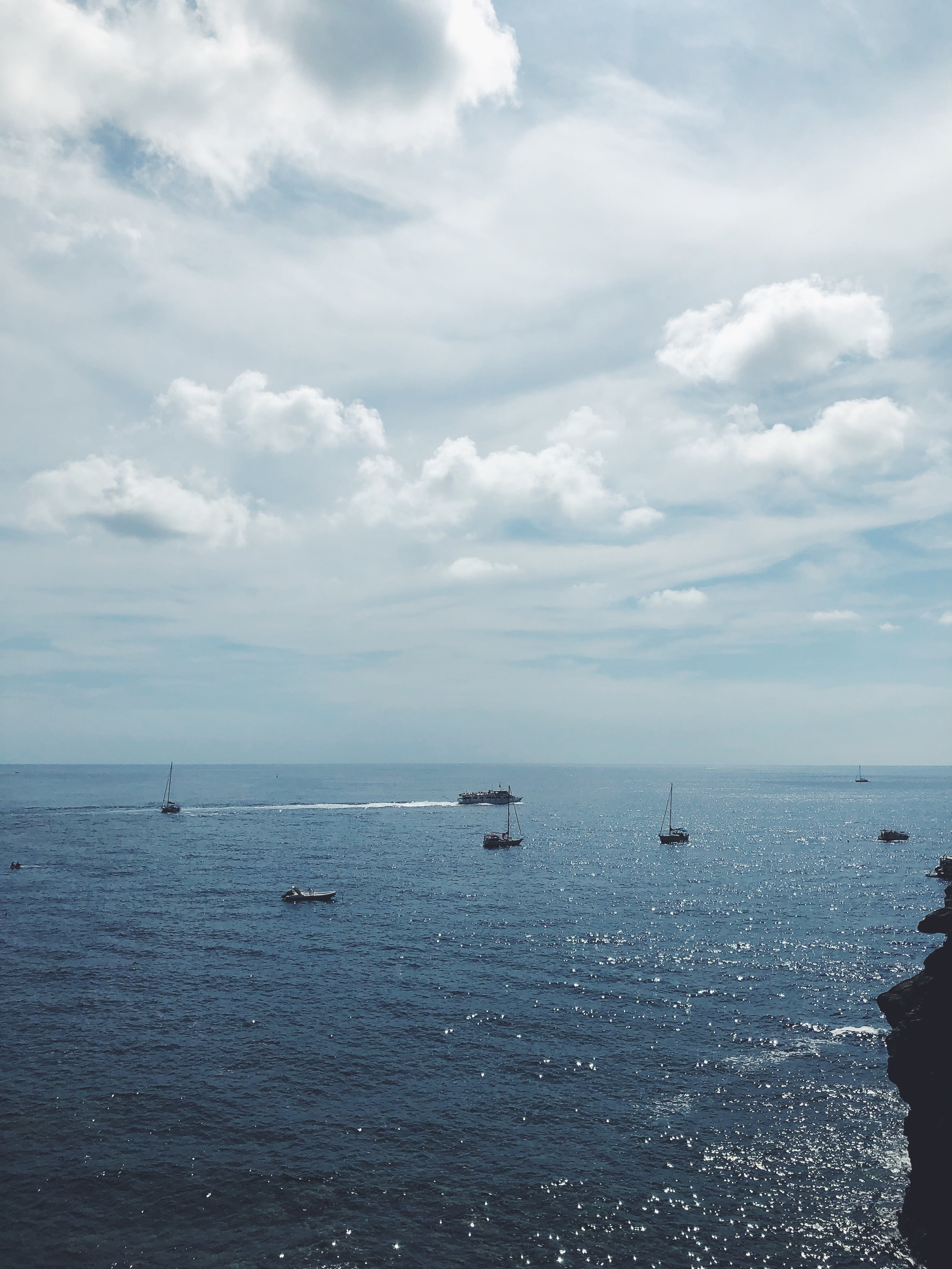 Hello to Our First View of the Mediterranean from Cinque Terre!