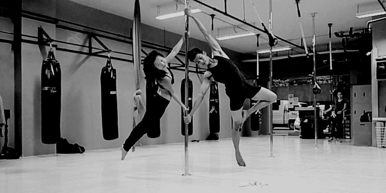 Exotic / Pole Dancing extraordinaire and PKPH community member Sacha Turcuato with PKPH Performance Team Member, Jaymark Rodelas in an awesome Pole pose. Credits to Sacha for the great shot.