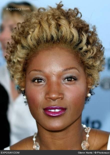 yolanda-ross-18th-annual-ifp-independent-spirit-awards-arrivals-X2T3Ia.jpg