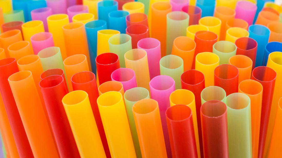 skynews-plastic-straws-plastic_4238534.jpg