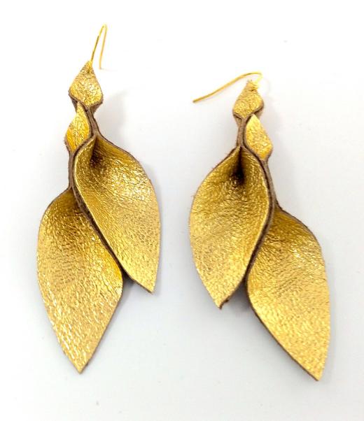 HakNik's Leather Origami Earring