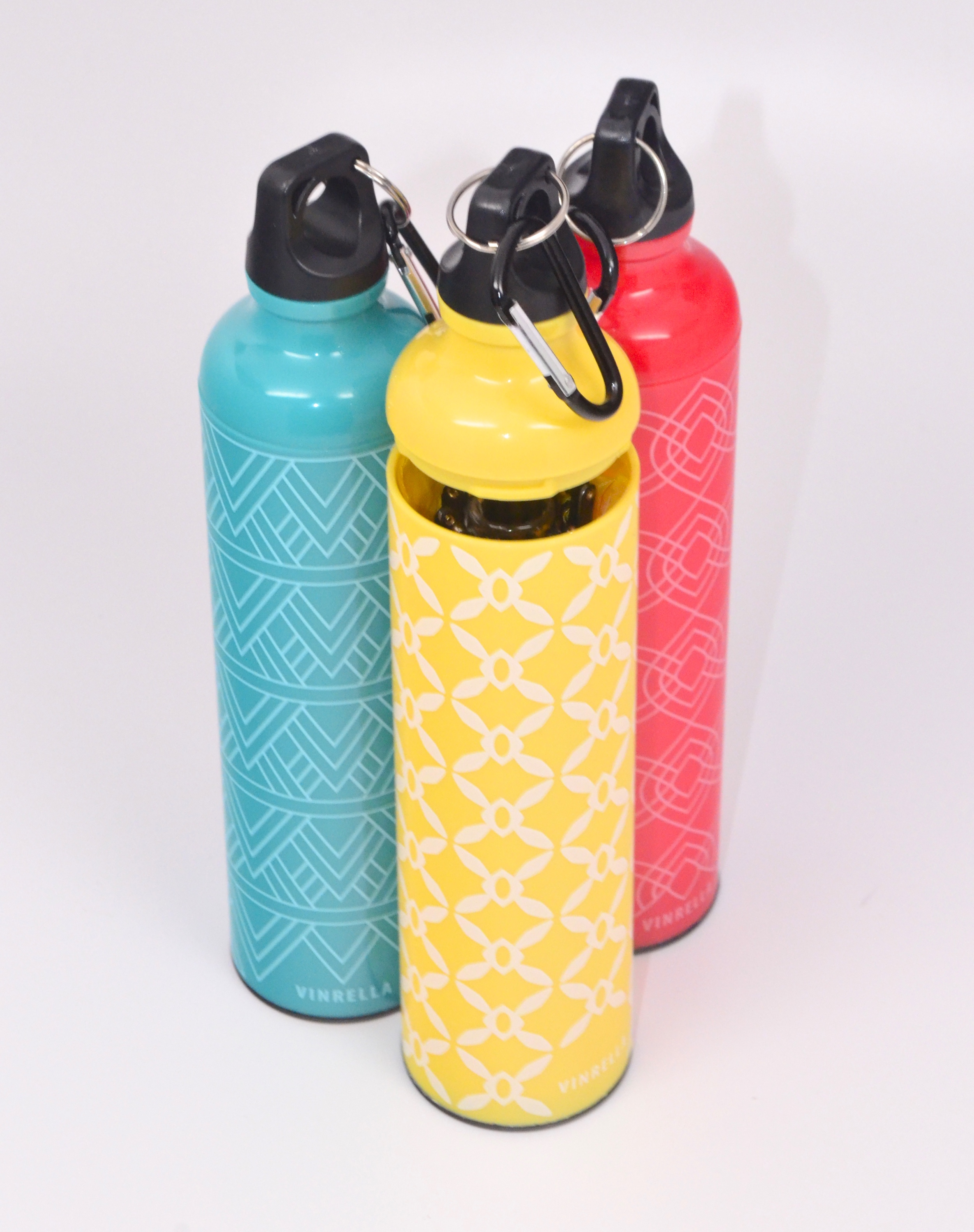 Vinerella cleverly stashes a compact umbrella in a plastic hardcase fashioned as a water bottle.