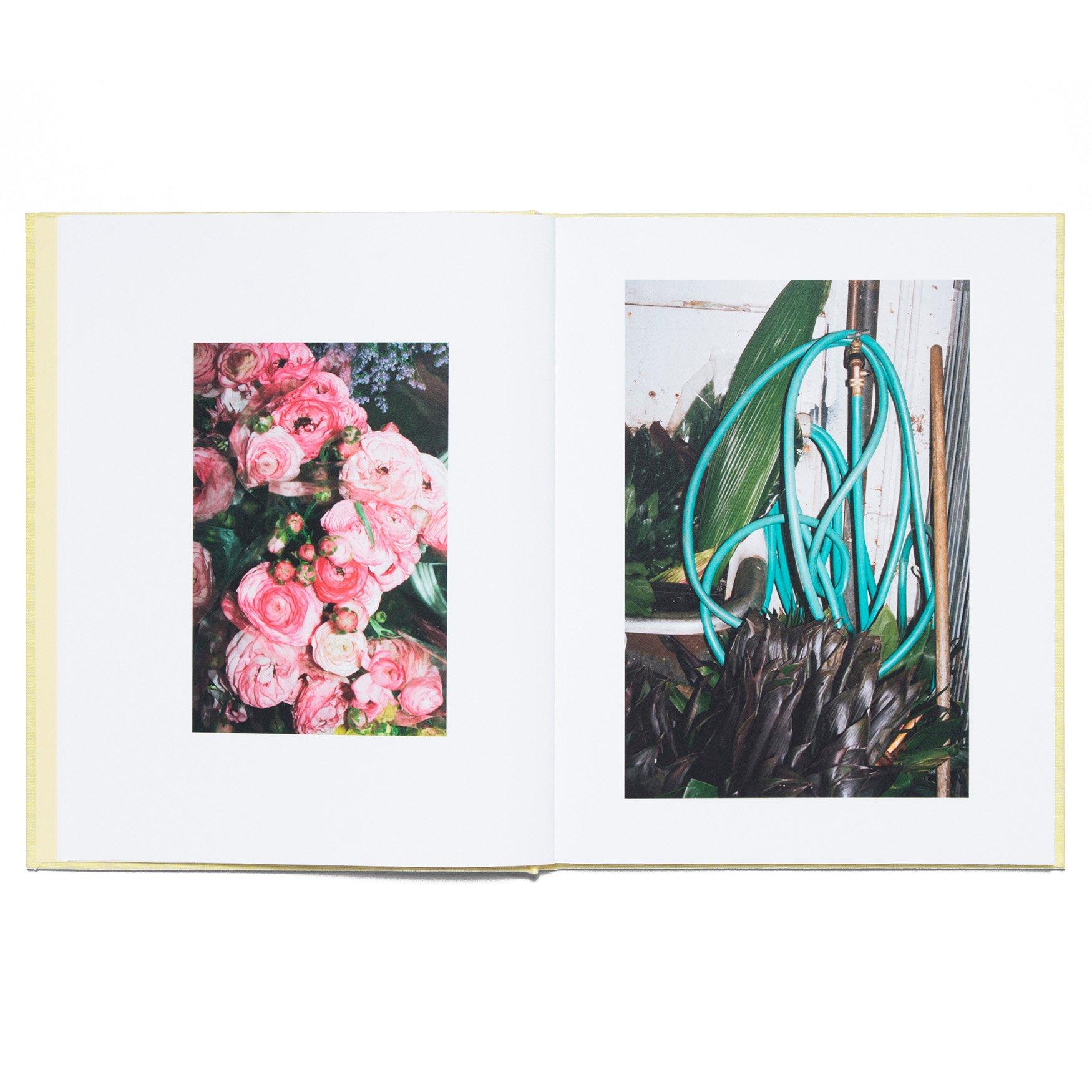 LA_Flower_Market_Book_Detail_4_1920x.jpg