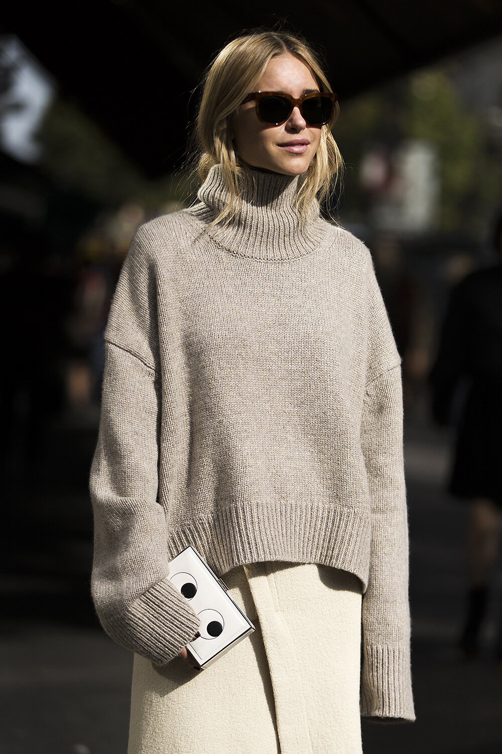 Pernille-Teisbaek-On-the-Streets-Of-Paris.jpg