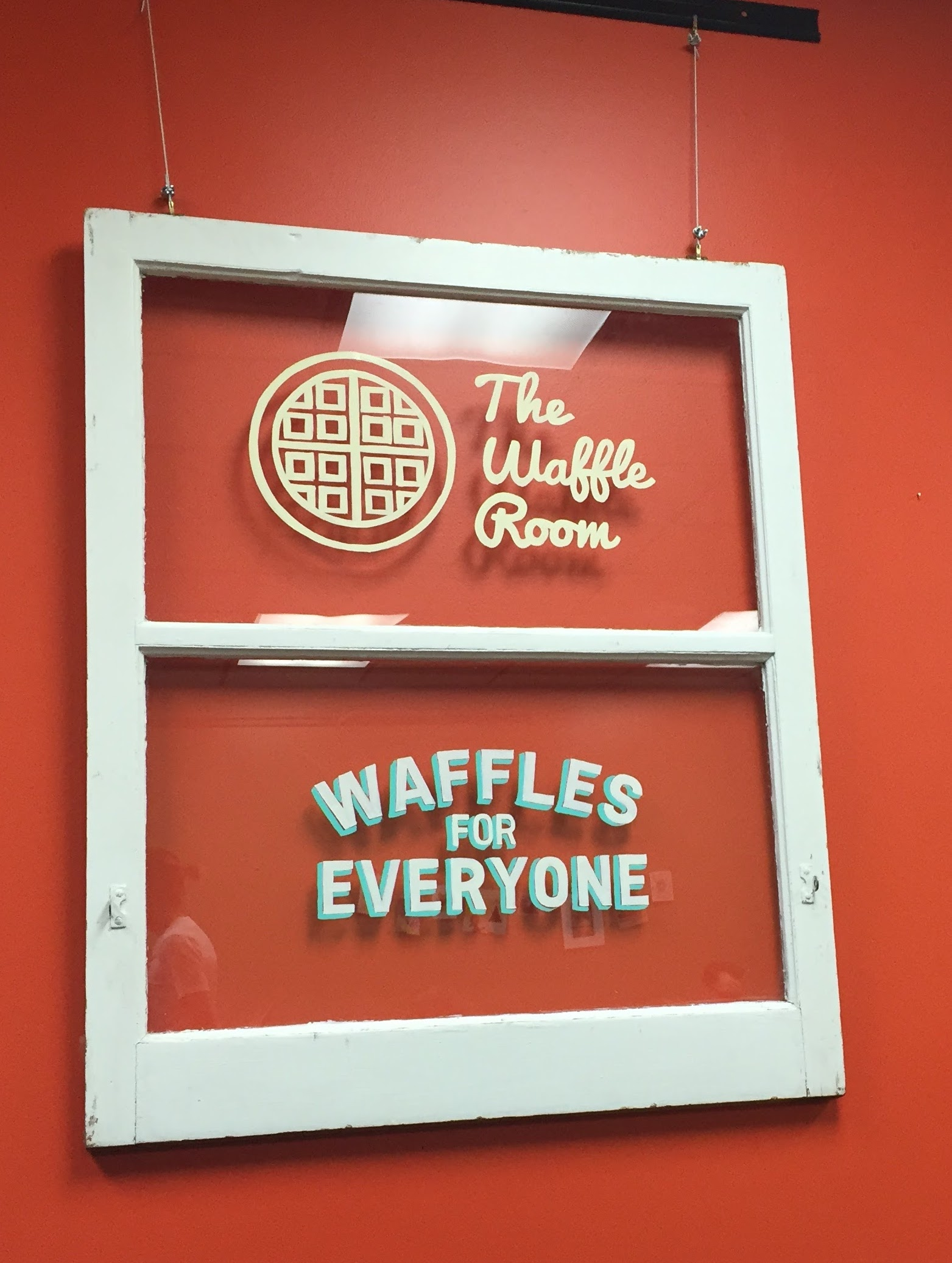 A surprise pop-up waffle shop (PS: The Best suprises are waffles) 🍴