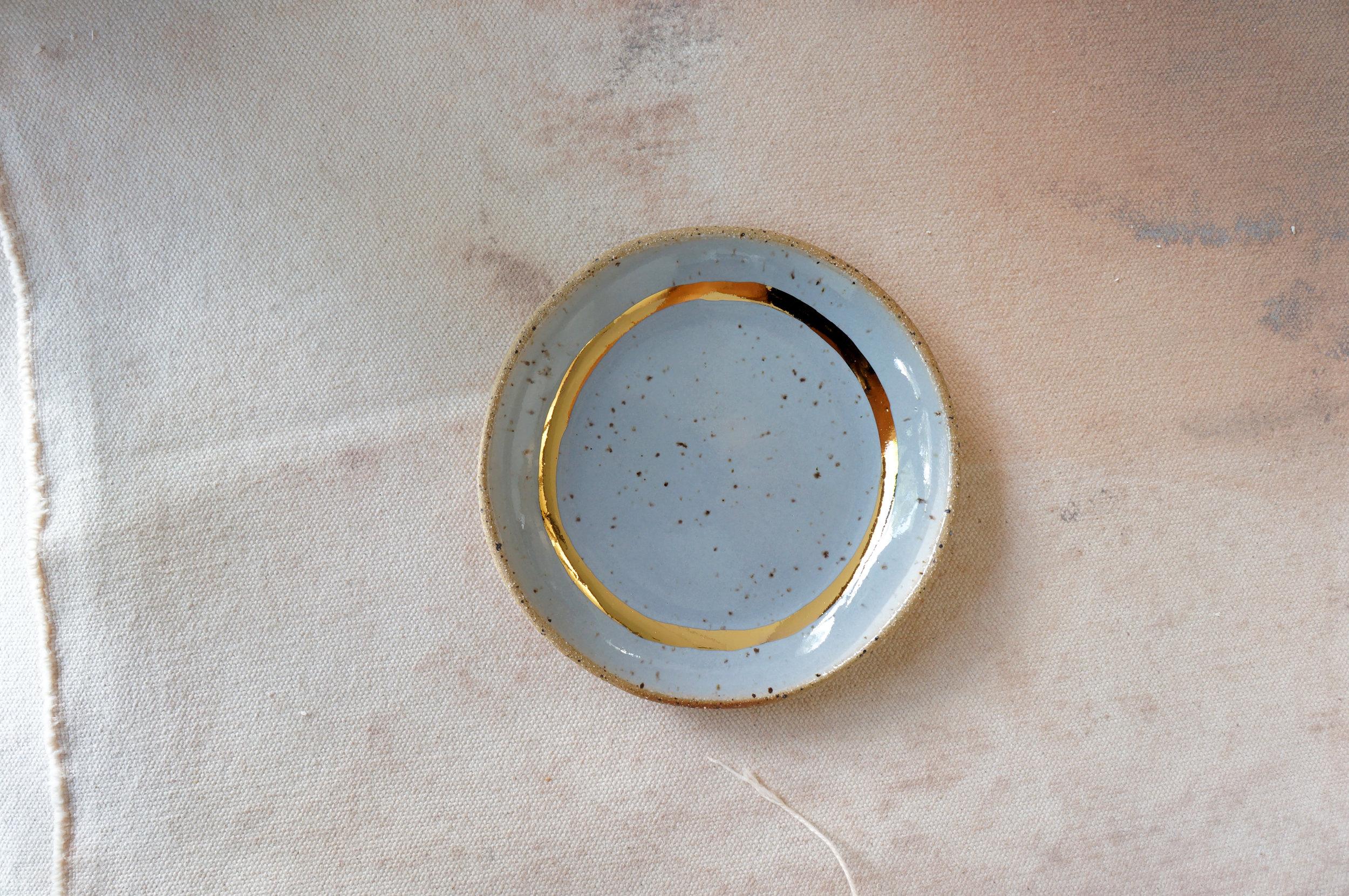 9. GRAY & GOLD RING DISH