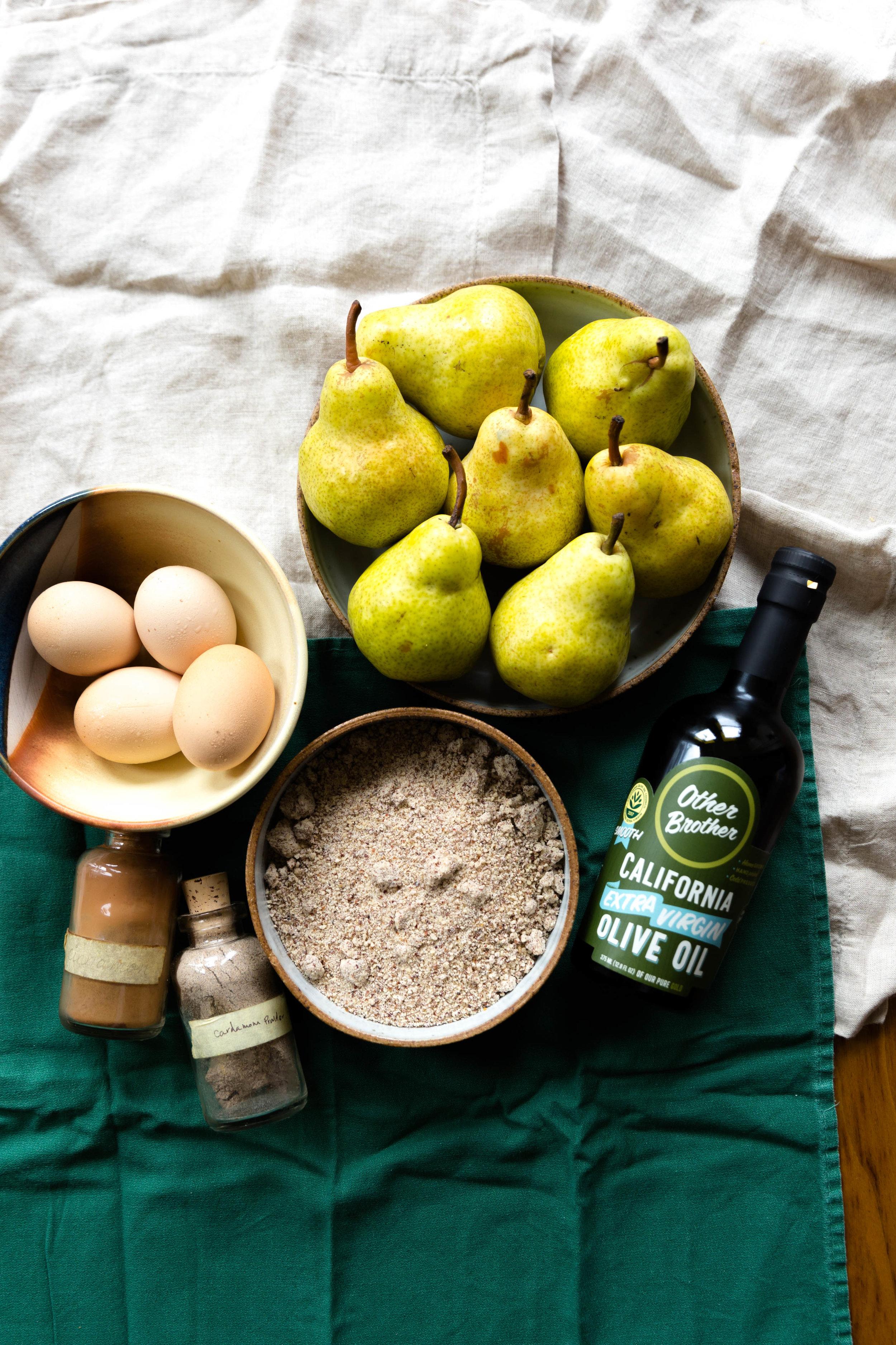 Pear olive oil cake_1.jpg