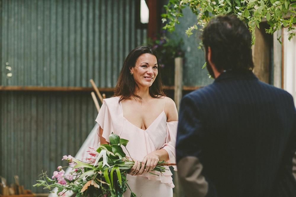 465-waimauku-wedding-photographer--barn-wedding--farm-wedding--muriwai-wedding.jpg