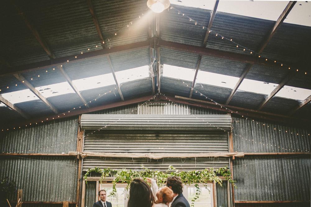 527-waimauku-wedding-photographer--barn-wedding--farm-wedding--muriwai-wedding.jpg