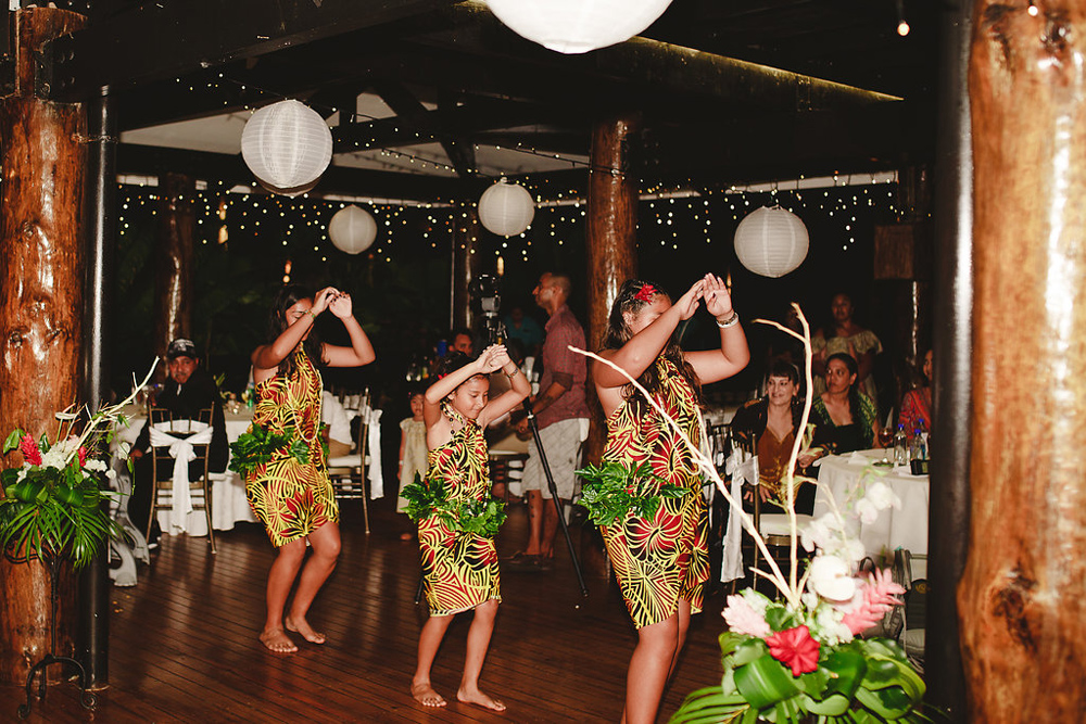 204-warwick-fiji-wedding-photographer.jpg