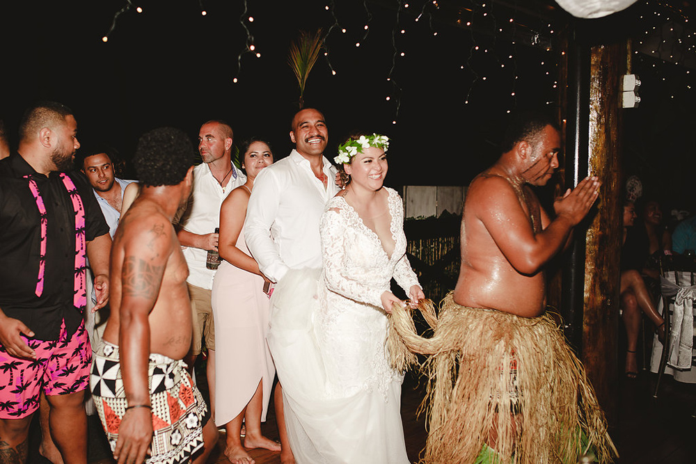 221-warwick-fiji-wedding-photographer.jpg