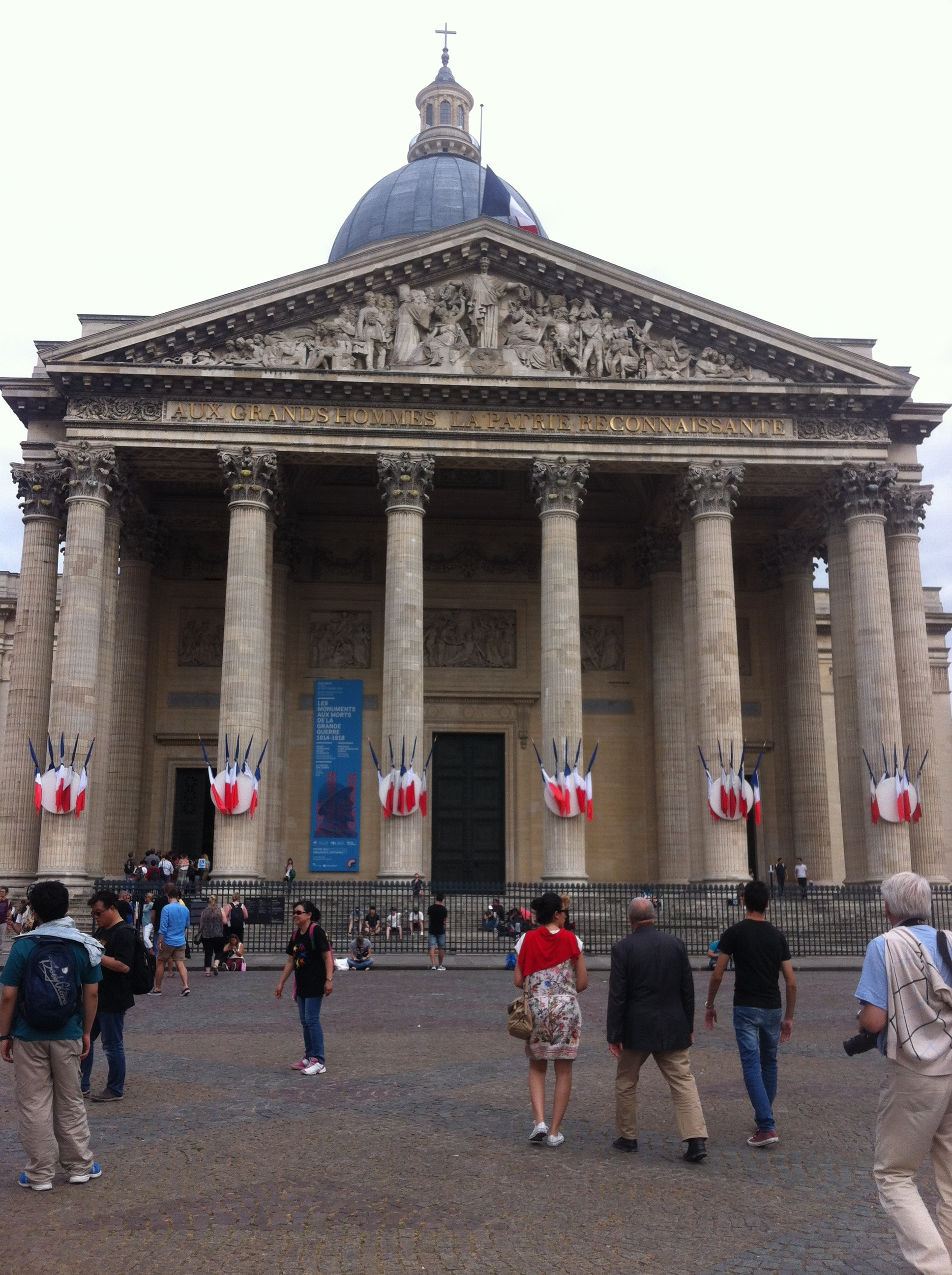 The Pantheon in mourning after attacks in Nice, 14 Juillet 2016.