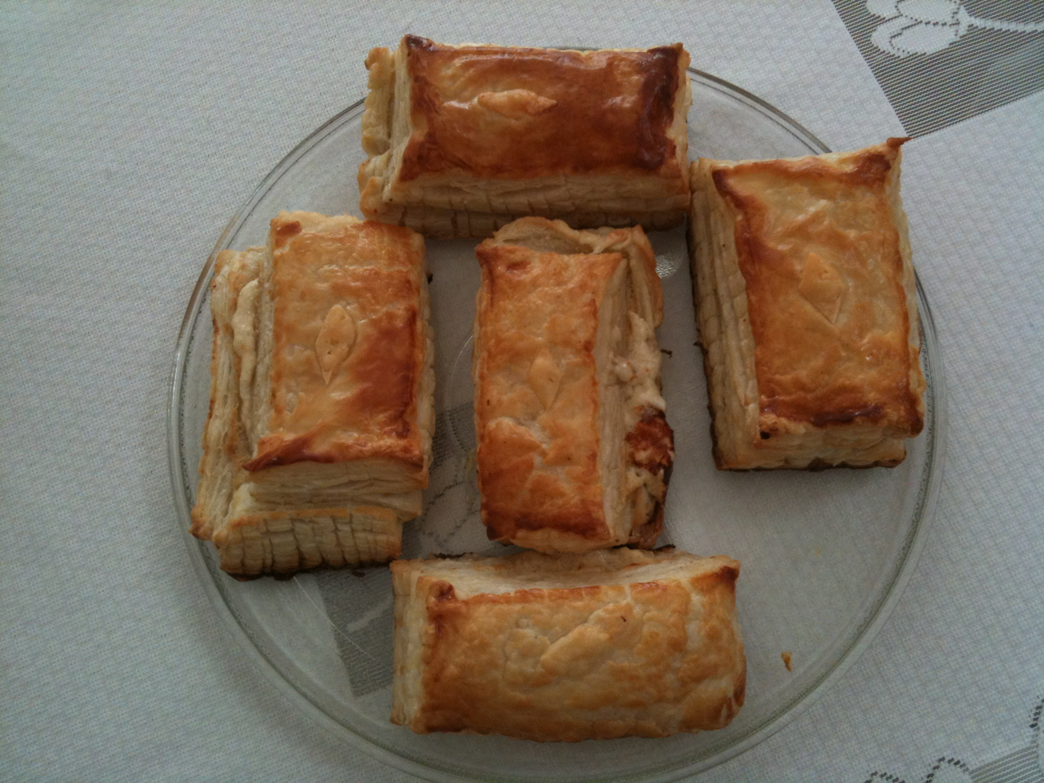 puff pastry with cheese sauce.jpg