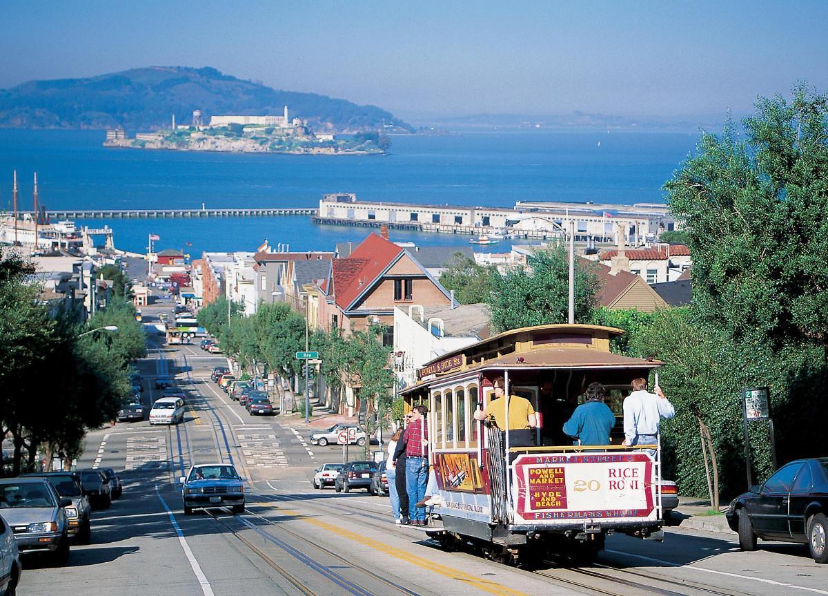 São Francisco: Certificados Profissionais em Gestão de Negócios, Propaganda e Marketing, e Gestão de Projetos!