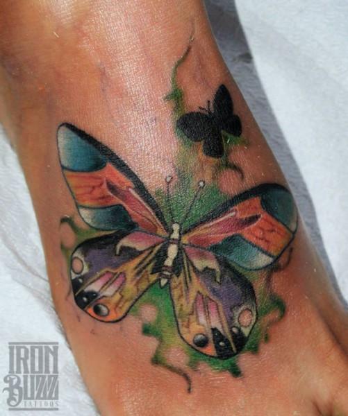 watercolour+butterfly+on+foot+colour+tattoo+design+by+best+tattoo+artist+in+mumbai+subhojit+chakroborty+eric+jason+dsouza+from+best+tattoo+parlour+studio+in+india+iron+buzz+tattoos+mumbai.jpg