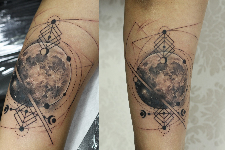 realistic+moon+planets+galaxy+love+realism+3D+tattoo+design+arm+tattoo+by+best+tattoo+artist+in+bandra+mumbai+eric+jason+dsouza+from+best+tattoo+parlour+in+india+iron+buzz+tattoos+mumbai.jpg.jpg