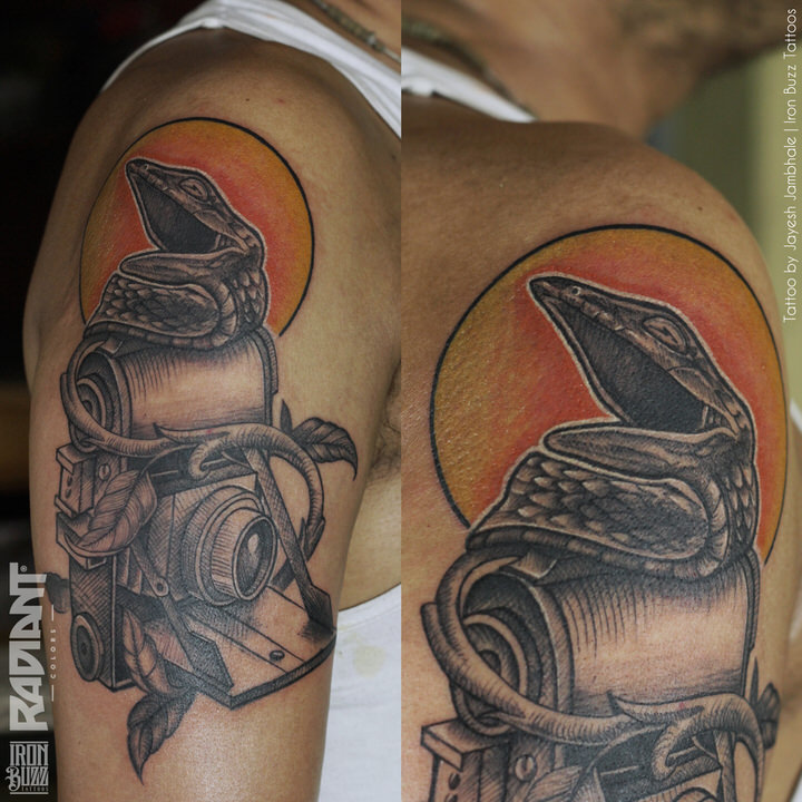 vine-snake-camera-photographer-travel-adventure-tattoo-iron-buzz-tattoos-in-mumbai-india.jpg