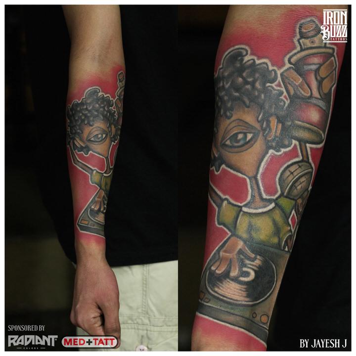 new-school-skool-dj-graffiti-artist-banksy-tattoo-iron-buzz-tattoos-in-mumbai-india.jpg
