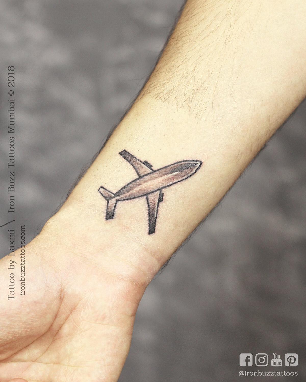 laxmiaeroplane.jpg.jpg