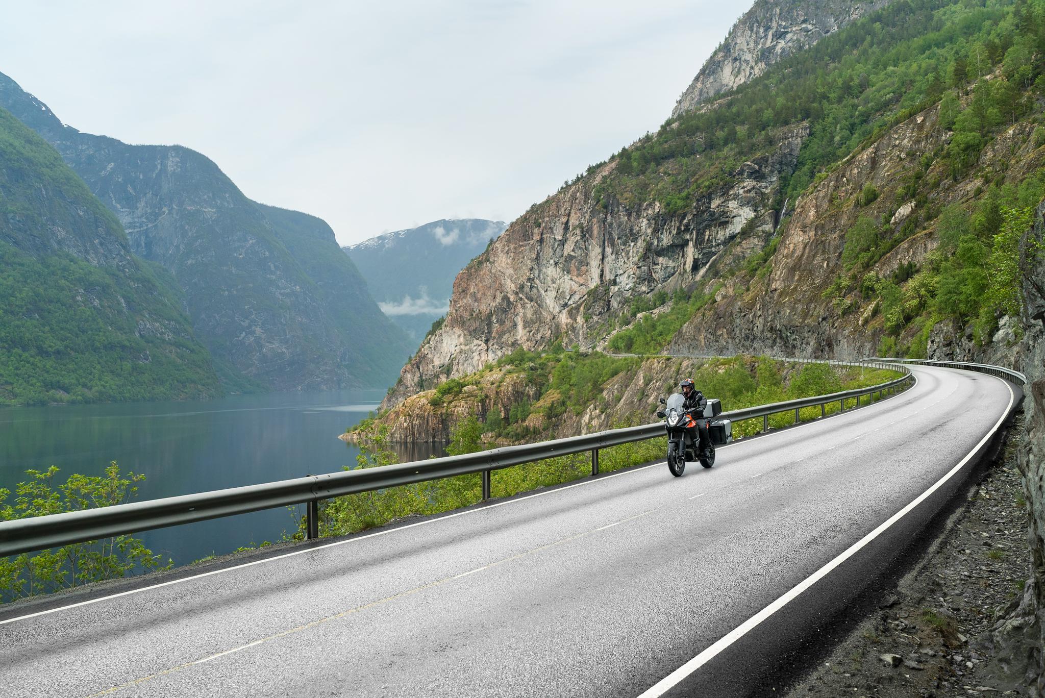 2017.05---81.-stryn-väg-mewd-motorcykel-från-kungsbacka-körskola.jpg
