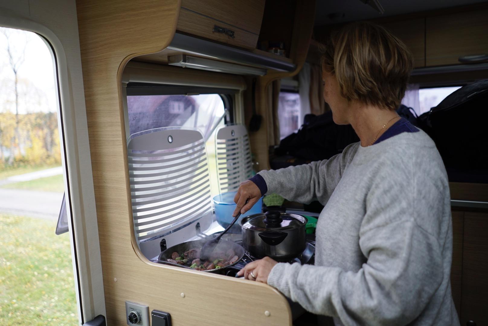 Vegafoto-Lofoten-Abisko-Polarmaskin-husbil.jpg